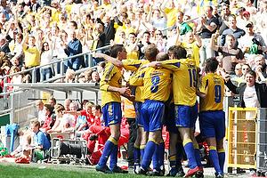 Kim Daugaard (Br�ndby IF), Johan Elmander (Br�ndby IF), Martin Retov (Br�ndby IF), Daniel Agger (Br�ndby IF)