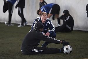 Kim Daugaard, assistenttr�ner (Br�ndby IF), Ousman Jallow (Br�ndby IF)
