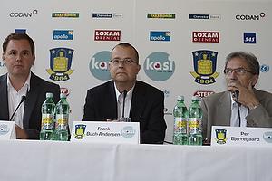Frank Buch-Andersens, adm. direkt�r (Br�ndby IF), Per Bjerregaard, formand (Br�ndby IF)