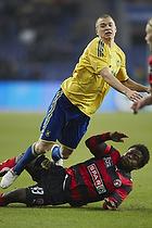 Samuel Holm�n (Br�ndby IF), Izunna Uzochukwu (FC Midtjylland)