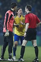 Peter Madsen (Br�ndby IF), Kevin Stuhr Ellegaard (Randers FC), Michael Johansen, dommer