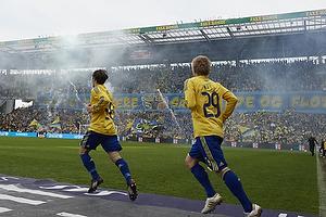 Tifo p� Faxetribunen, Mike Jensen (Br�ndby IF), Daniel Wass (Br�ndby IF)