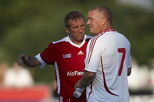 Alan Kennedy (Liverpool FC), John Faxe Jensen (Danmark)
