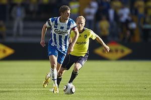 Chris S�rensen, anf�rer (Ob), Alexander Farnerud (Br�ndby IF)