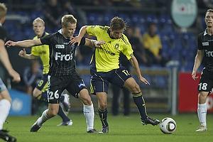 Jens Larsen (Br�ndby IF). Andrei Sidorenkov (S�nderjyske)
