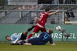 Remco van der Schaaf (Br�ndby IF), Michael T�rnes (Br�ndby IF), S�ren Christensen (FC Nordsj�lland)