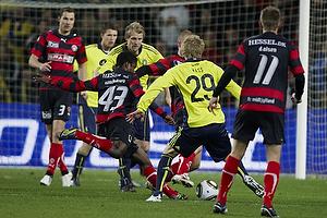 Izunna Uzochukwu (FC Midtjylland), Daniel Wass (Br�ndby IF)