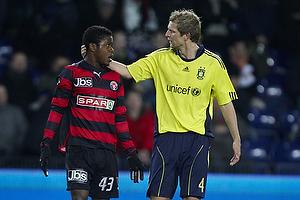 Remco van der Schaaf (Br�ndby IF), Izunna Uzochukwu (FC Midtjylland)