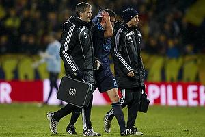 Jan Kristiansen (Br�ndby IF) skadet med blodet l�bende fra hovedet