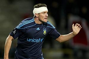 Jan Kristiansen (Br�ndby IF) med forbinding om hovedet
