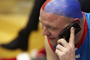 AGK-fan med farvet hoved