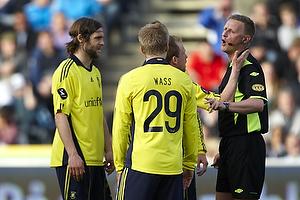 Michael Svendsen, dommer, Michael Krohn-Dehli (Br�ndby IF), Daniel Wass (Br�ndby IF), Max von Schlebr�gge, anf�rer (Br�ndby IF)