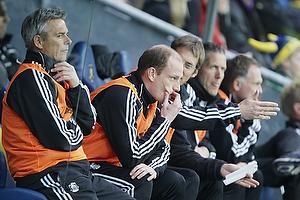 Henrik Jensen, cheftr�ner (Br�ndby IF), Kim Daugaard, assistenttr�ner (Br�ndby IF)