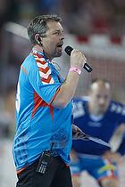 Torben Schou Malmros (AG K�benhavn) pr�senterer spillerne