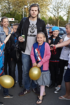 Mikkel Hansen (AG K�benhavn) med fans