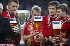 FC Nordsj�lland-spiller drikker �l i skyggen af pokalen