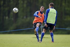 Thomas Rasmussen (Br�ndby IF), Jens Larsen (Br�ndby IF)