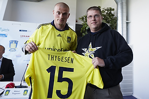 Mikkel Thygesen (Br�ndby IF), Claus Helgesen, formand (Br�ndby Support)