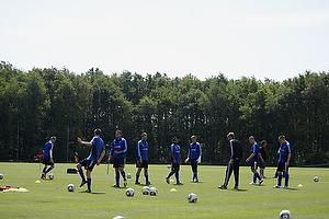 Thomas Rasmussen (Br�ndby IF), Jan Kristiansen (Br�ndby IF), Osama Akharraz (Br�ndby IF), Michael T�rnes (Br�ndby IF), Mikkel Thygesen (Br�ndby IF), Martin Bernburg (Br�ndby IF)