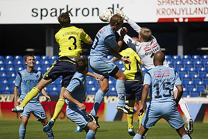 Max von Schlebr�gge (Br�ndby IF), David Ousted (Randers FC), Christian Traoré (Randers FC)