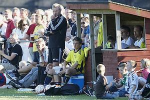 Henrik Jensen, cheftr�ner (Br�ndby IF), Morten Cramer, m�lmandstr�ner (Br�ndby IF), Jens Larsen (Br�ndby IF)
