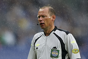 Claus Bo Larsen (dommer), Jens Larsen (Br�ndby IF)
