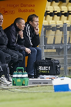 Kasper Hjulmand, cheftr�ner (FC Nordsj�lland) p� b�nken