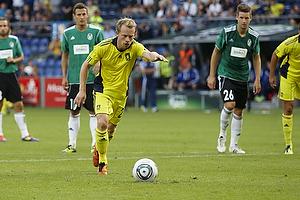 Michael Krohn-Dehli (Br�ndby IF) sparker straffespark