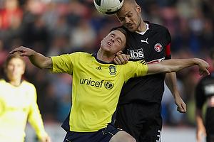 Brent McGrath, anf�rer (Br�ndby IF), Kristian Bak Nielsen, anf�rer (FC Midtjylland)