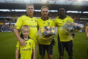 Claus Helgesen, formand (Br�ndby Support), Dennis Rommedahl (Br�ndby IF), Oluwafemi Ajilore (Br�ndby IF)
