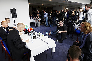 Ole Bjur, sportschef (Br�ndby IF), Auri Skarbalius, cheftr�ner (Br�ndby IF), Jan Lockhart, adm. direkt�r (Br�ndby IF)