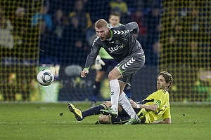 Clarence Goodson, anf�rer (Br�ndby IF), Henrik Toft (AC Horsens)