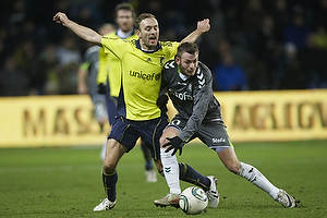 Dennis Rommedahl, anf�rer (Br�ndby IF), Martin Spelmann (AC Horsens)