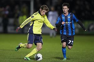 Bo Storm, anf�rer (HB K�ge), Jens Larsen (Br�ndby IF)