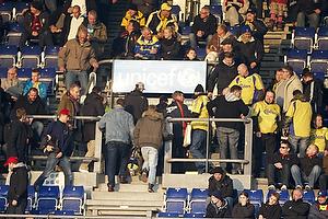 Br�ndbyfans forlader Br�ndby Stadion f�r tid