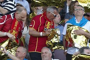 FCN-fans med guld