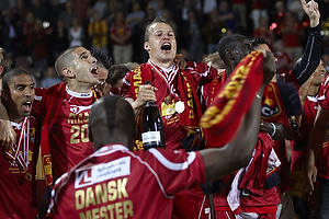 Rawez Lawan (FC Nordsj�lland), Nicolai Stokholm, anf�rer (FC Nordsj�lland)