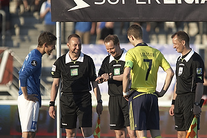 Mathias Tauber, anf�rer (Lyngby BK), Clarence Goodson, anf�rer (Br�ndby IF)