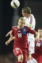 Matej Vydr (Tjekkiet), Daniel Agger, anf�rer (Danmark)
