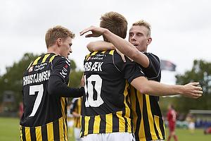 Mark Leth Pedersen (Br�nsh�j BK), Peter �rb�k Larsen (Br�nsh�j BK), Jesper Christjansen (Br�nsh�j BK)