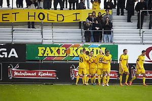 Mads Agesen (AC Horsens), Martin Retov, anf�rer (AC Horsens), Ken Fagerberg (AC Horsens)
