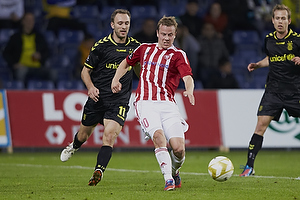 Dennis Rommedahl, anf�rer (Br�ndby IF), Jeppe Curth (Aab)