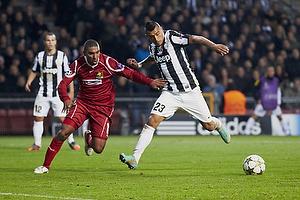 Arturo Vidal (Juventus FC), Patrick Mtiliga (FC Nordsj�lland)