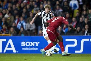 Nicklas Bendtner (Juventus FC), Jores Okore (FC Nordsj�lland)