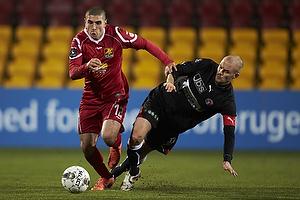 Rawez Lawan (FC Nordsj�lland), Kristian Bak Nielsen, anf�rer (FC Midtjylland)