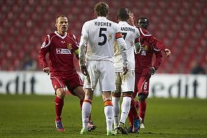 Nikolaj Stokholm, anf�rer (FC Nordsj�lland), Oleksandr Kucher (Shakhtar Donetsk), Fernandinho (Shakhtar Donetsk)