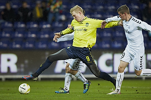 Simon Makienok Christoffersen (Br�ndby IF), Mads Agesen (AC Horsens), Martin Retov, anf�rer (AC Horsens)
