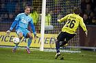 Mike Jensen (Br�ndby IF) scorer 1-0 m�let