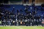 Kampkl�dt politi p� Br�ndby Stadion for at holde FCK-fans p� tribunen