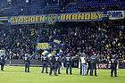 Kampkl�dt politi p� Br�ndby Stadion for at holde br�ndbyfans p� tribunen